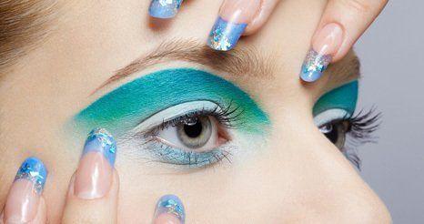 vivid green eyeshadow