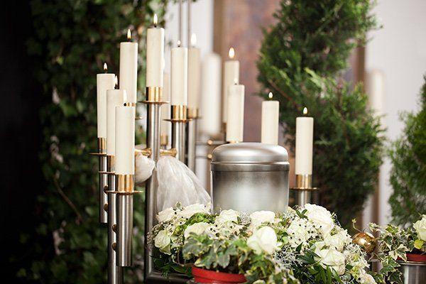 candele su altare