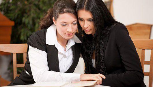 two women reading