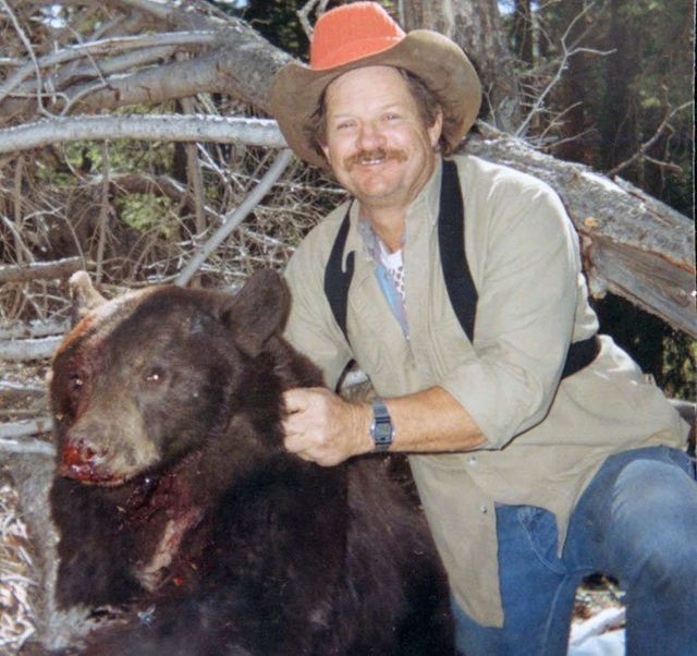 Wyoming spring bear hunting, Wyoming spring bear hunt, Wy outfitter
