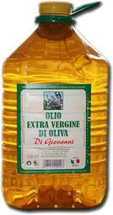 Una damigiana di olio di oliva extra vergine Di Giovanni