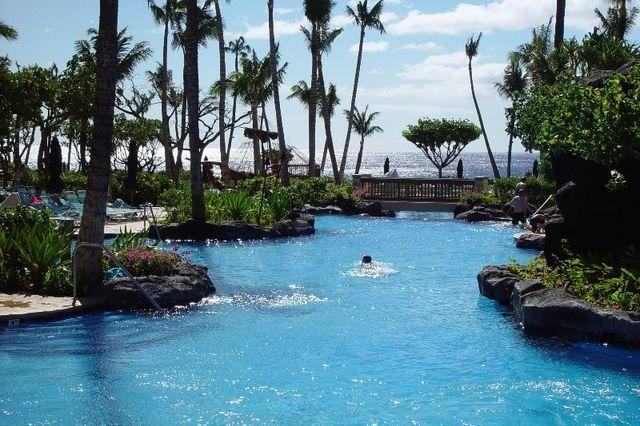 Pool at the Marriott Ocean Club
