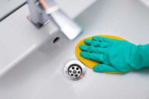 pulizia lavandino