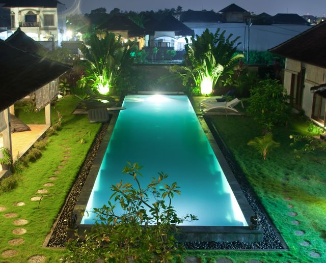 Pool lighting by Executive Pool & Leisure Products