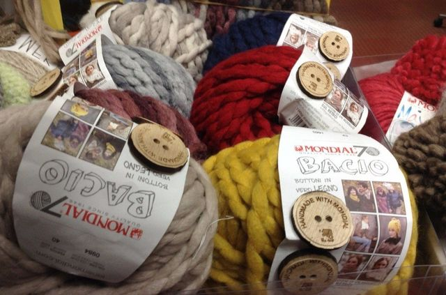 vendita lana a Milano
