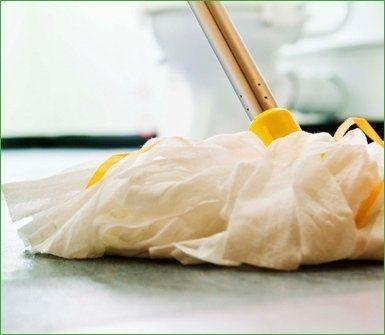 lavaggio di pavimento