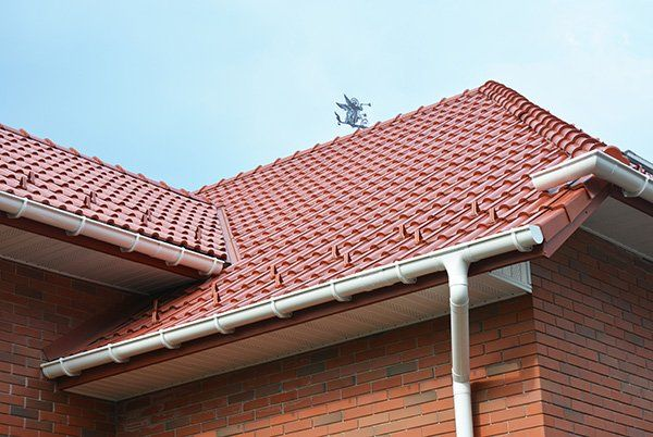 Gutter waterproofing of the home