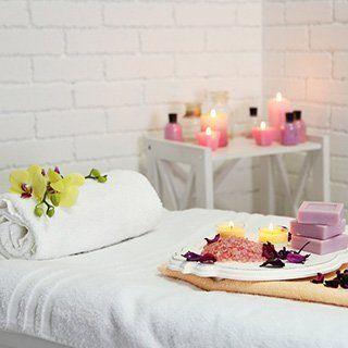 Lettino per massaggio ayurvedico a Roma