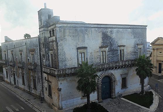 castello nuovo palazzo barrile spinelli trepuzzi lecce puglia assocastelli