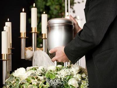 servizi funebri completi