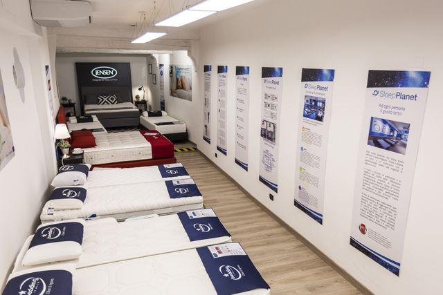 un materasso della marca Ascott