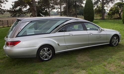 carro funebre argentato