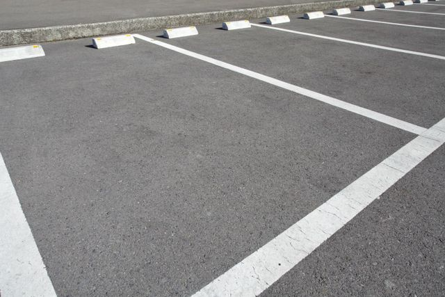 a parking lot  asphalt pavement project in Cincinnati, OH