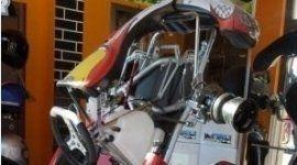abbigliamento sportivo, assetti moto, assistenza kart