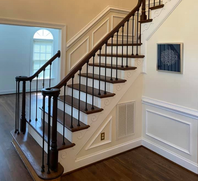 Hardwood Stairs Chesapeake Va, How To Install Hardwood Flooring On Stairs With Spindles