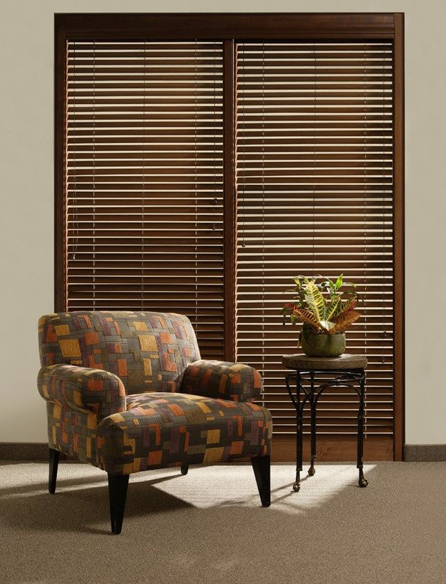 room faux dinette bold graced blind with dark even a look is blinds in better window colors wood patterned every this