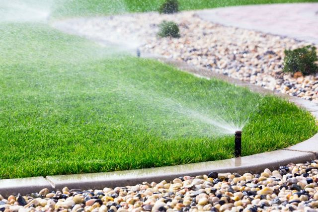 Spruzzatore d'acqua per irrigazione