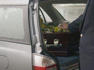 servizio funebre, servizio trasporto funebre, preparazione salme