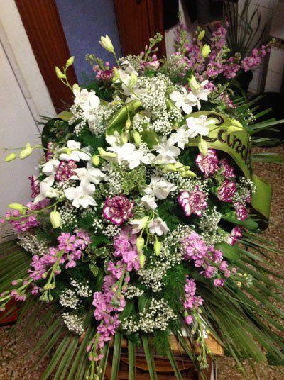 corone di fiori, composizioni floreali, allestimenti floreali