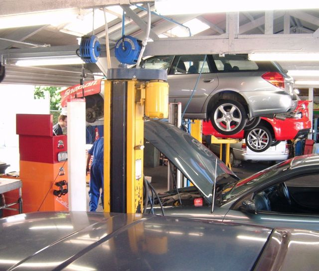 Vehicle repair underway in Auckland