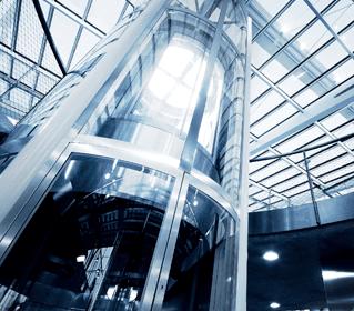 prospettiva di un ascensore di vetro