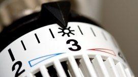 termostato con freccia sul numero 3