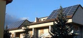 pannelli solari su due tetti