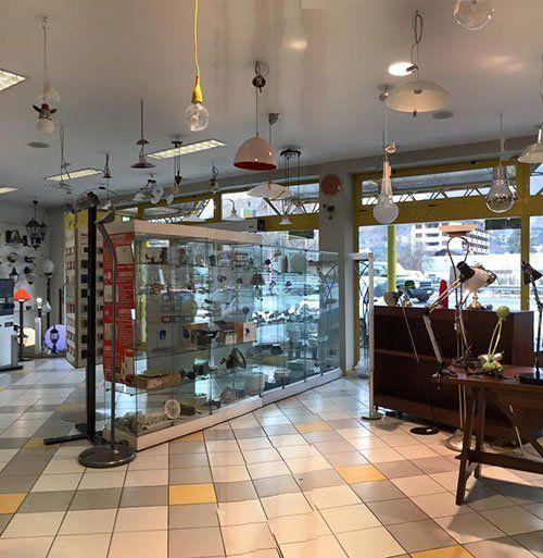 Interno del negozio Elettric Center spa a Saint-Christophe
