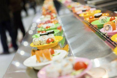 bancone di un sushi bar