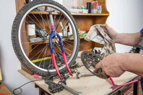 pulizia catena di una bici