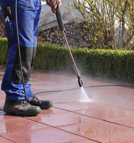Efficient power washing
