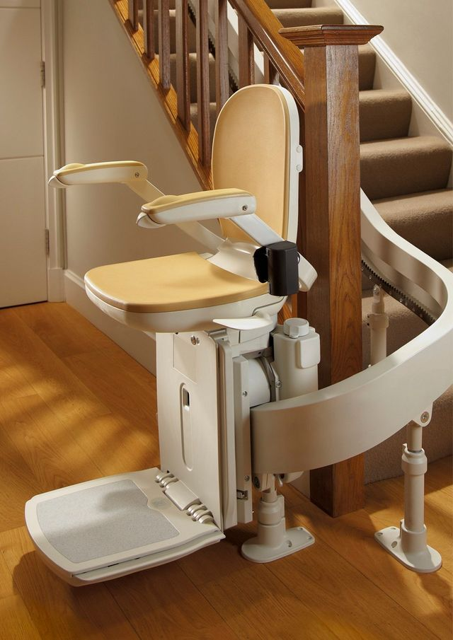 Reconditioned curved stairlift, chairlift, Brooks 180 T565