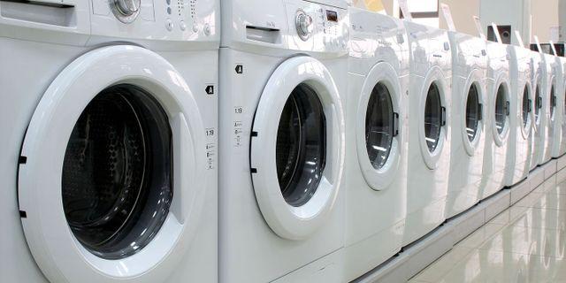 set di lavatrici di Arosio Luce a Lissone