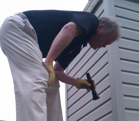 Man doing a building inspection in Cincinnati, OH