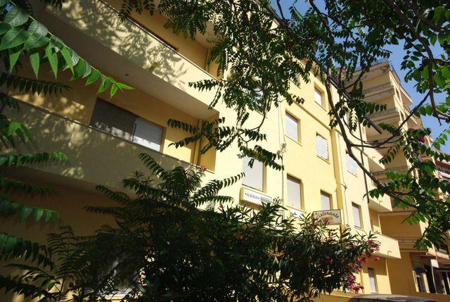 esterno albergo Roma
