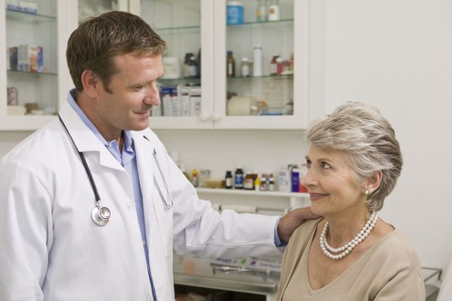 Doctor discussing cardiovascular services with patient in Bullhead City, AZ