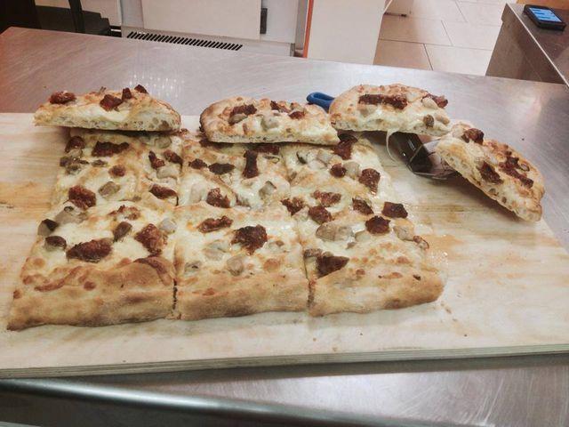 Passione pizza da Angelo -  Pizza forno a legna a Bolzano