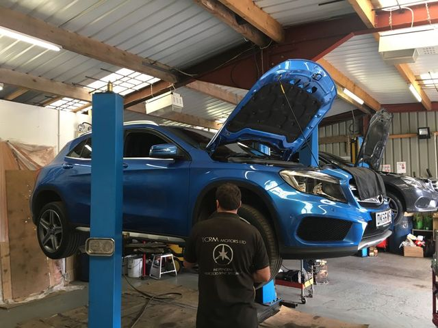 blue car repair