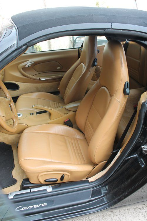 interni in pelle di un auto