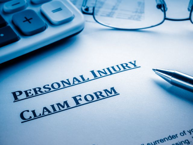 personal injury lawyer for truck accidents