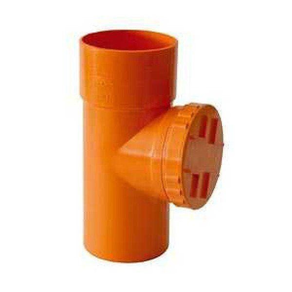un tubo arancione di plastica con un tappo
