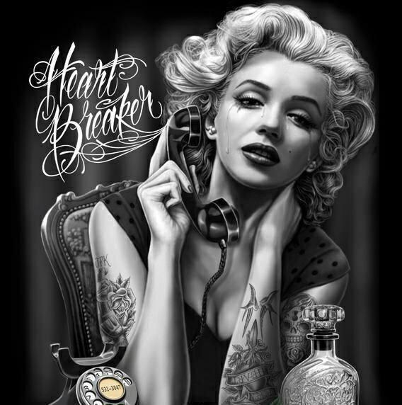disegno di marilyn monroe tatuata mentre piange al telefono