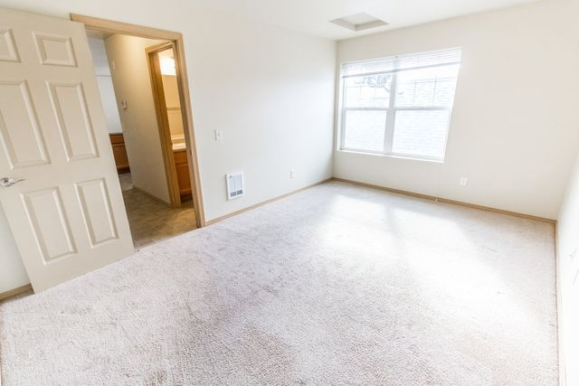 Alpine Meadows Apartments for Rent in Missoula, Montana