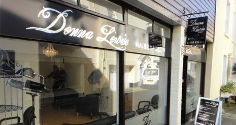 Donna Lewise store