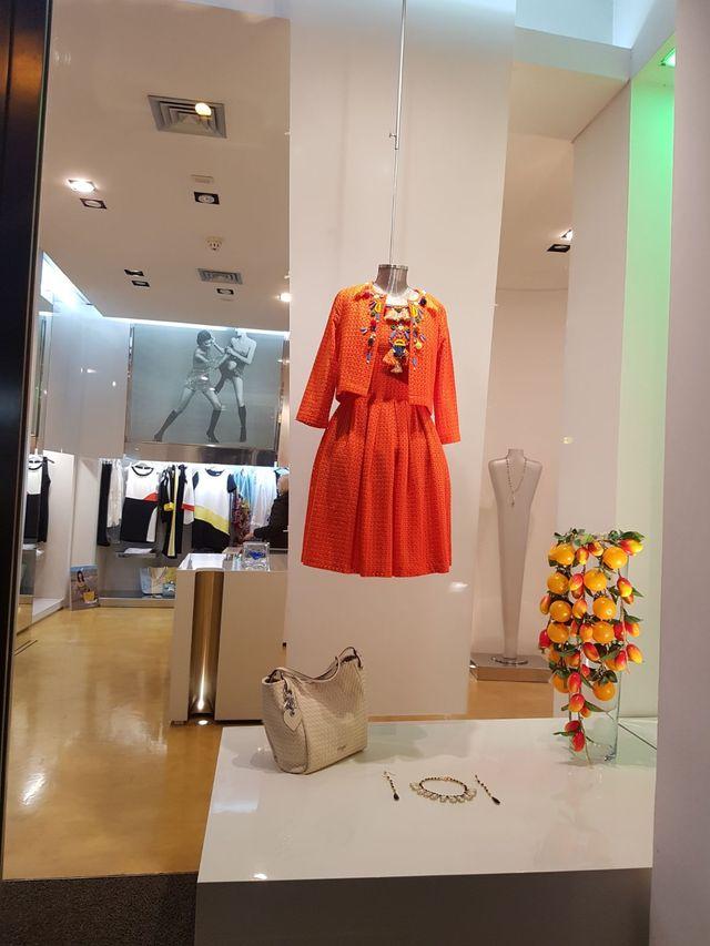 vendita vestiti donna
