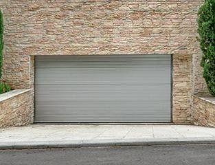 Produzione serramenti reggio calabria gierre serramenti for Garage door repair lakewood