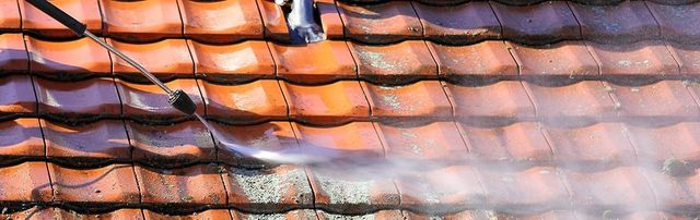 pressure washing roof