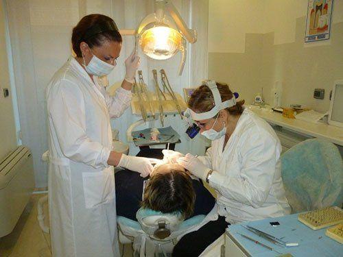 Trattamento dei denti a Bari