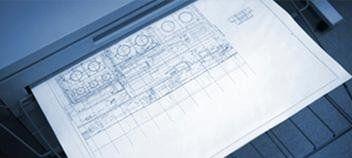 un foglio con un disegno appena uscito dalla stampante