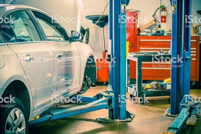 red 39 s garage auto repair truck repair fleet maintenance ny ct. Black Bedroom Furniture Sets. Home Design Ideas